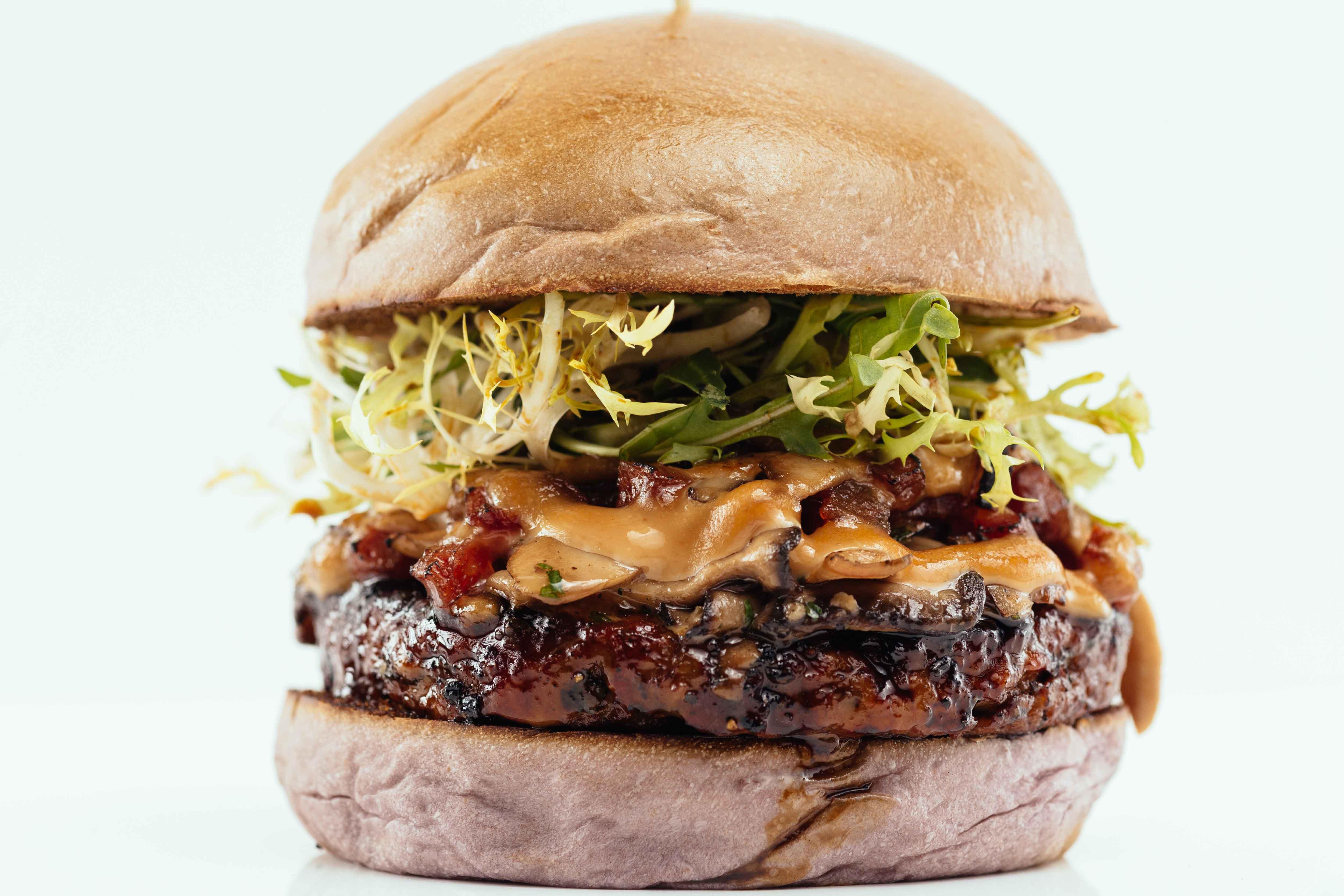 5 Vegas Burger Places You Need To Visit: Bachi Burger